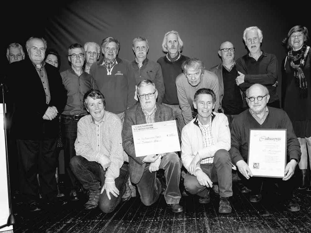 Page 2 of De Hoogstraatse Maand wint de Cultuurprijs 2015