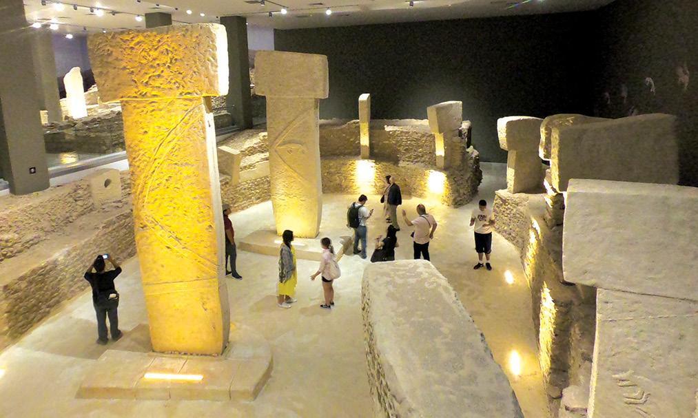 Gobekli Tepe CARVED FOX PILLAR scale replica Mesolithic Neolithic Turkey Syria