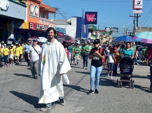 Page 23 of La misión salesiana de San Benito Petén apoyando a los migrantes que llegan en caravanas