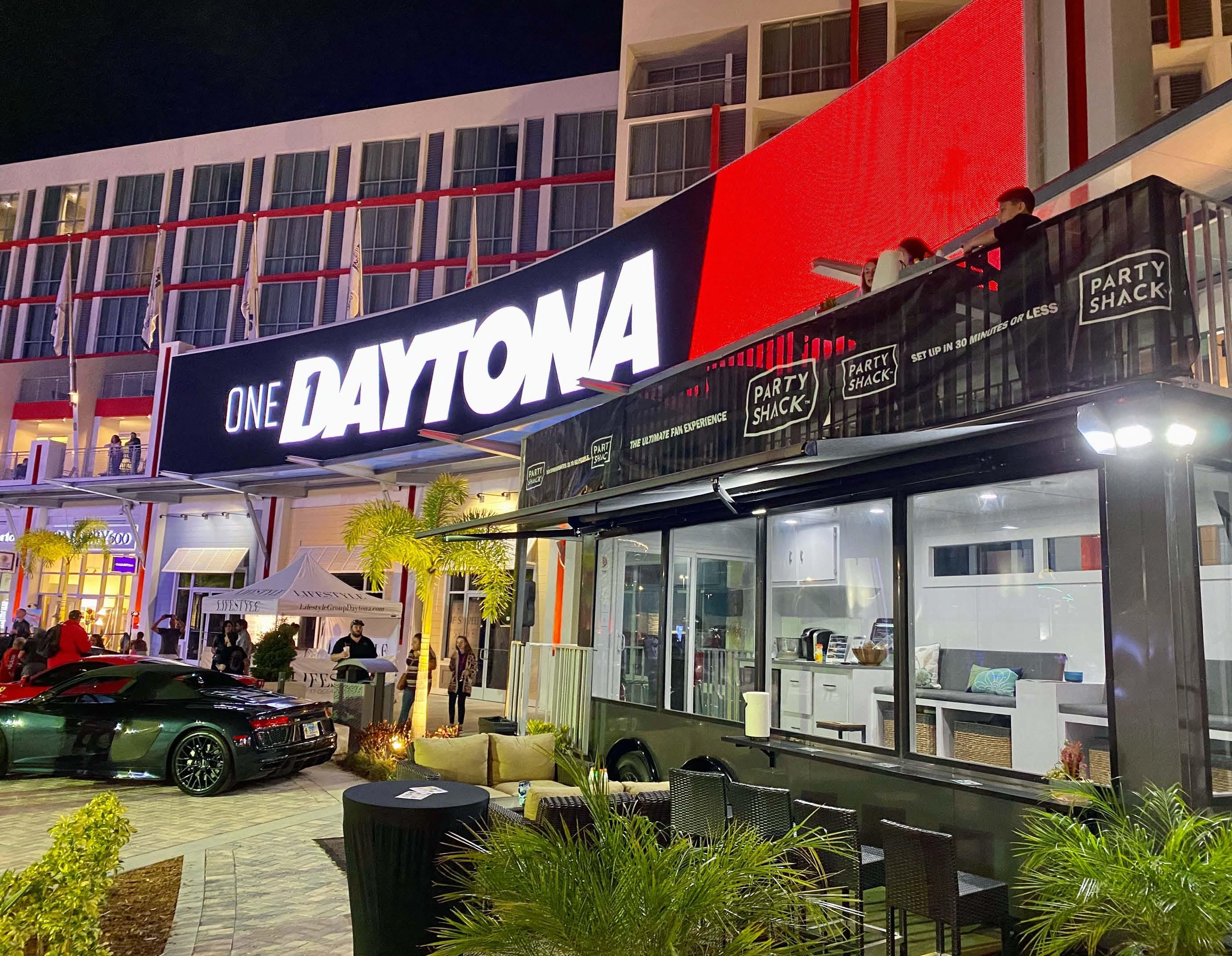 Page 4 of Florida Company Brings Luxury To Any Tailgating Venue