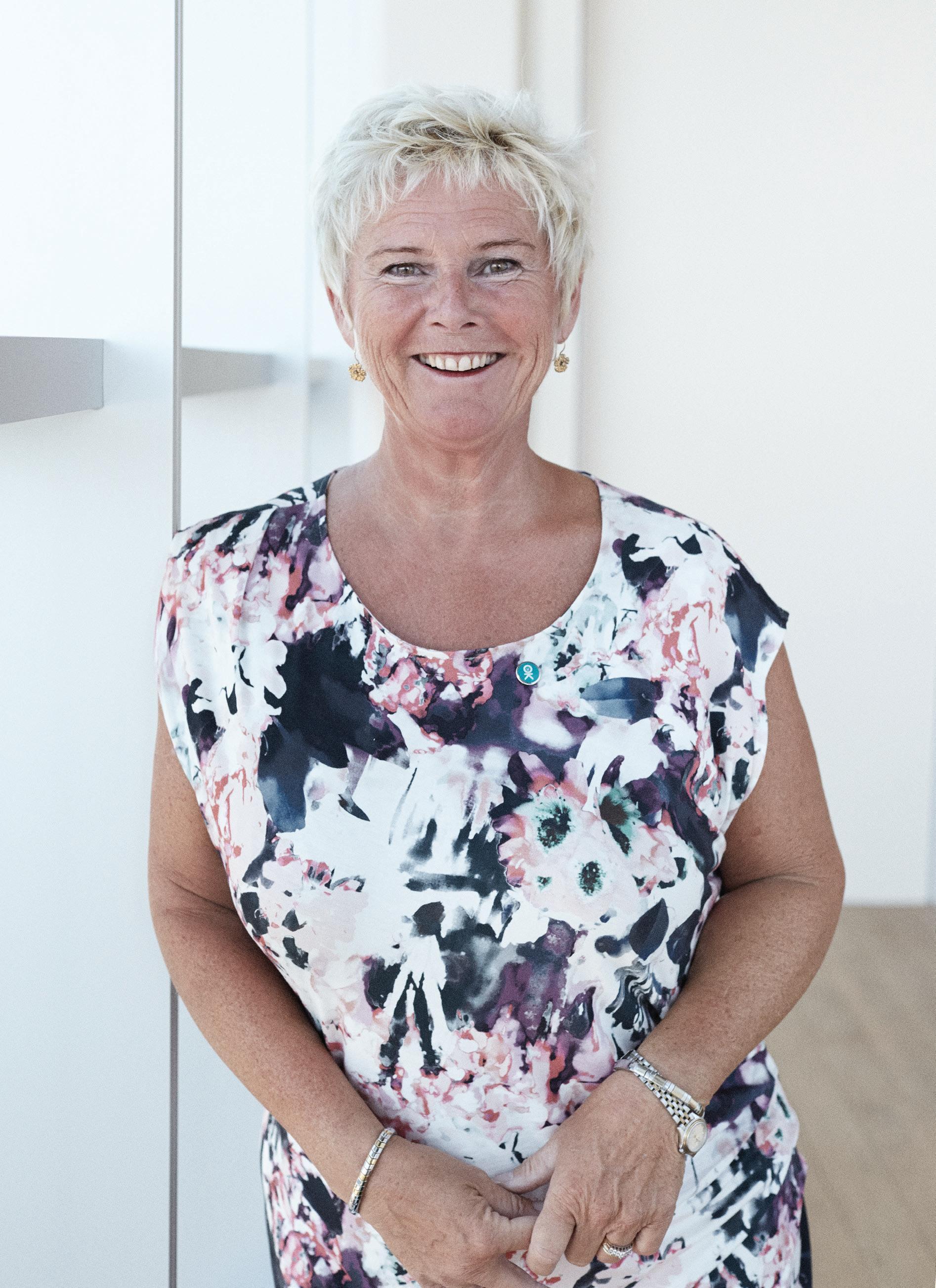 Page 8 of Gaver er god personalepleje Lizette Risgaard Formand i LO Danmark