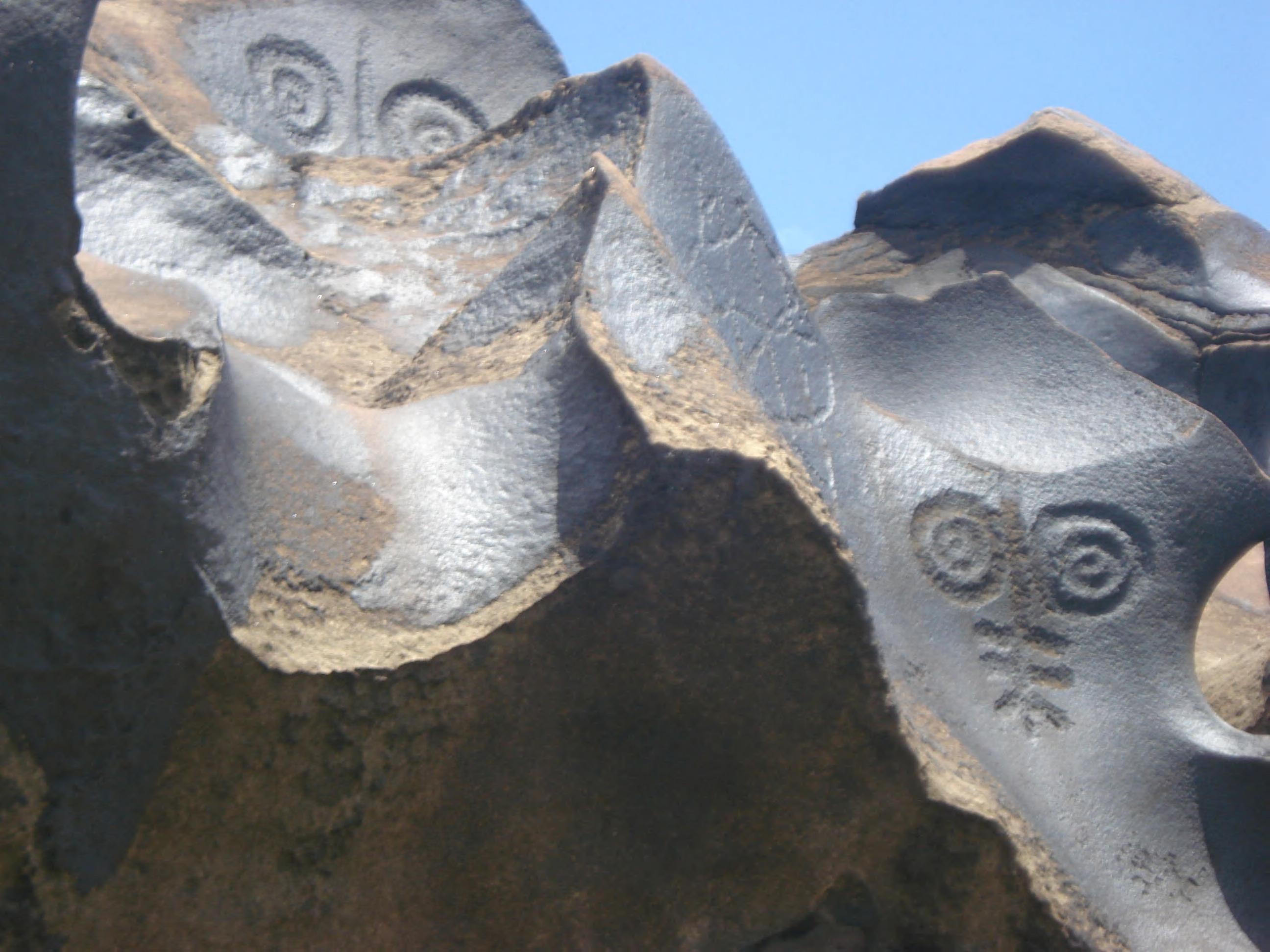 Page 82 of O Poço da Bebidinha Gravuras rupestres em rochas esculpidas por um rio