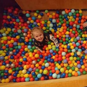 Page 29 of Buckinghamshire: Box pew or ball pit