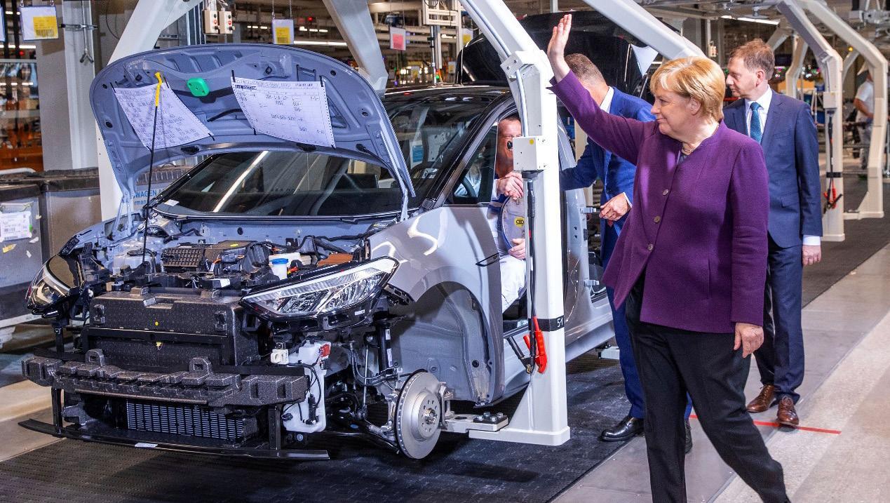 Page 20 of Η Γερμανική βοήθεια για την αυτοκινητοβιομηχανία «είναι πολύ αδύναμη και θα χρειαστεί αναθέωρηση