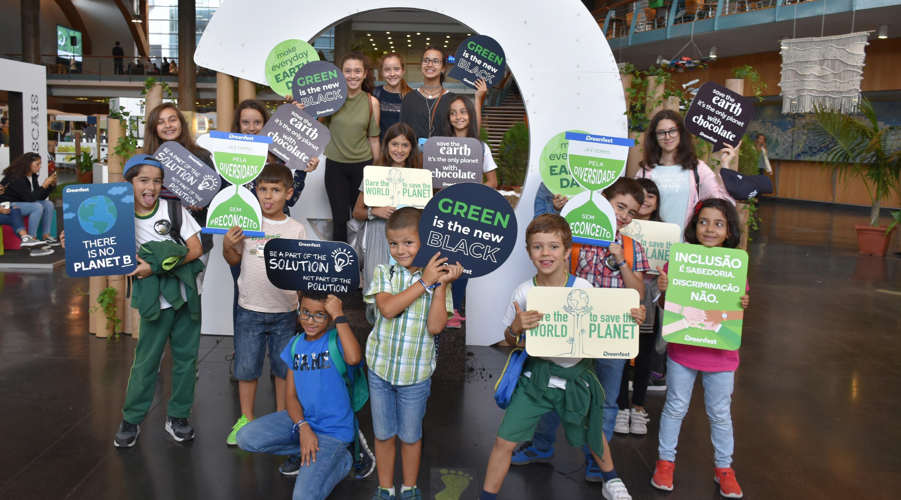 Page 10 of Eco-escolas: Sustentabilidade no festival Greenfest