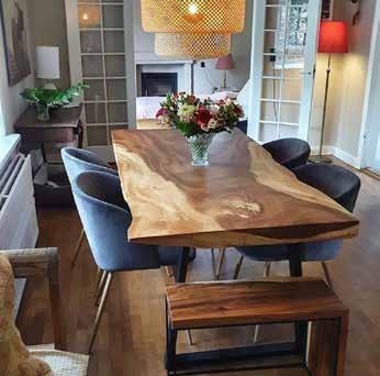 Page 28 of Unikke møbler i akacietræ kombinerer det rustikke og det eksklusive