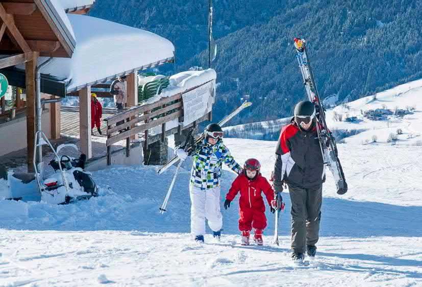 Page 24 of Ski Safe in France