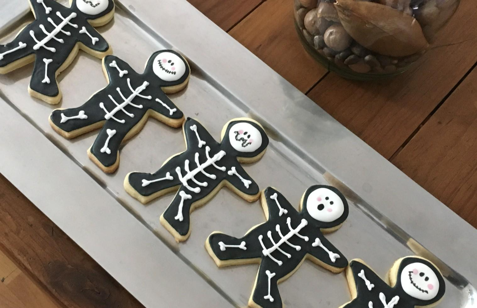 Page 20 of Recipe: Gingerbread Skeletons