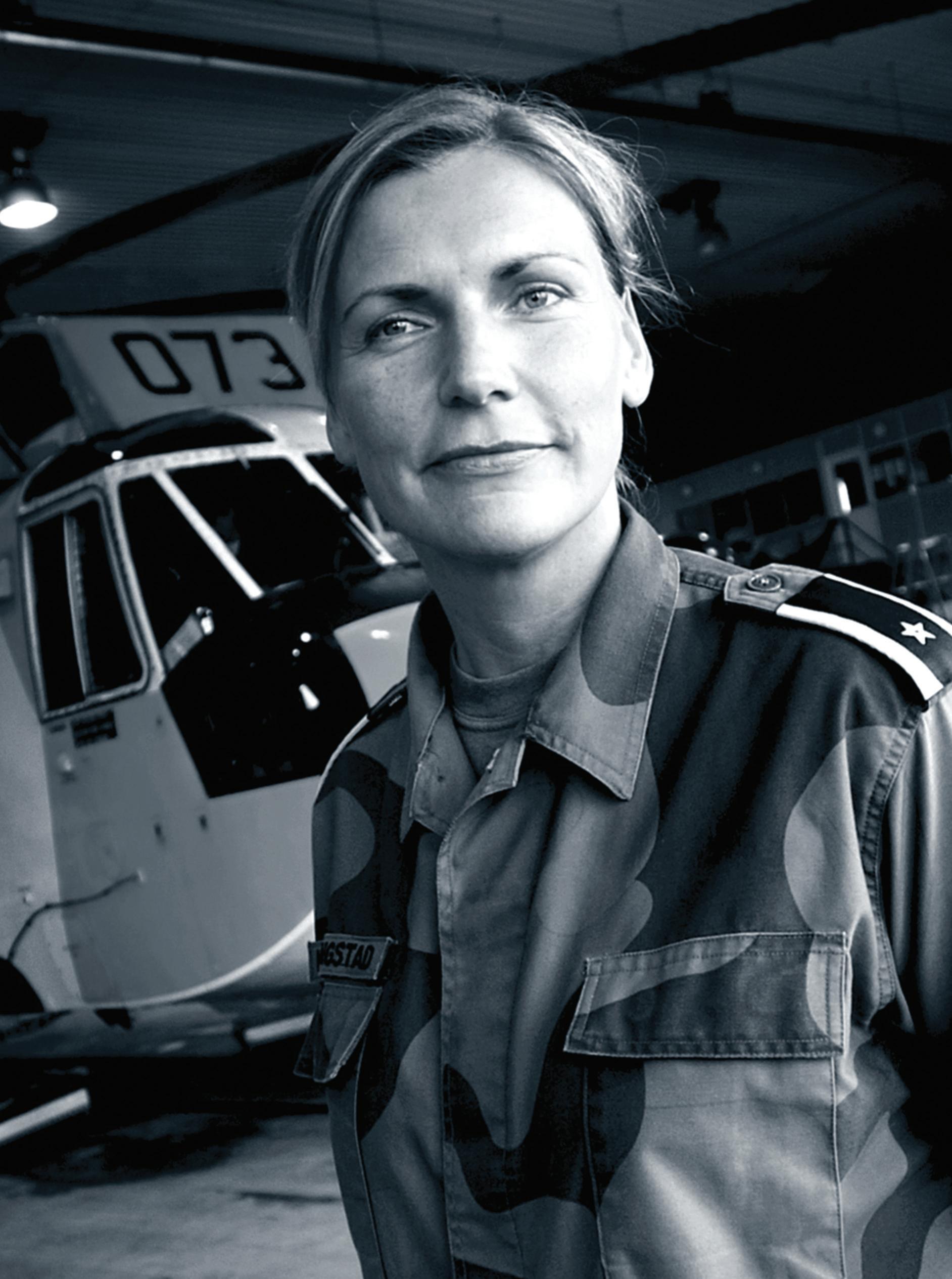 Page 48 of PORTRETTET; Leder system Sea King Sola flystasjon,major Tone Kyllingstad Ola K.Christensen