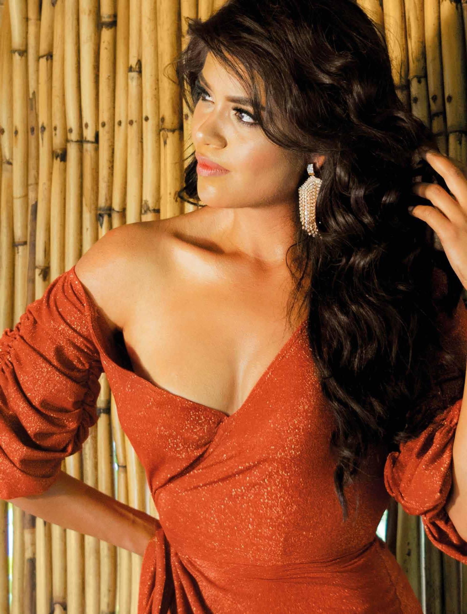 Page 20 of Gente Miss Estado de México 2019 Perla Franco, ¡Sin miedo aléxito