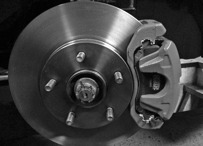 Page 18 of Як замінити гальмівні диски на своєму авто Як поміняти лампочку вповоротнику