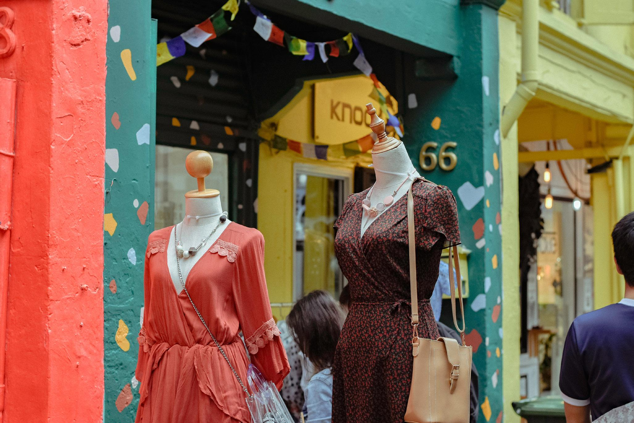 Page 32 of Independant Boutiques