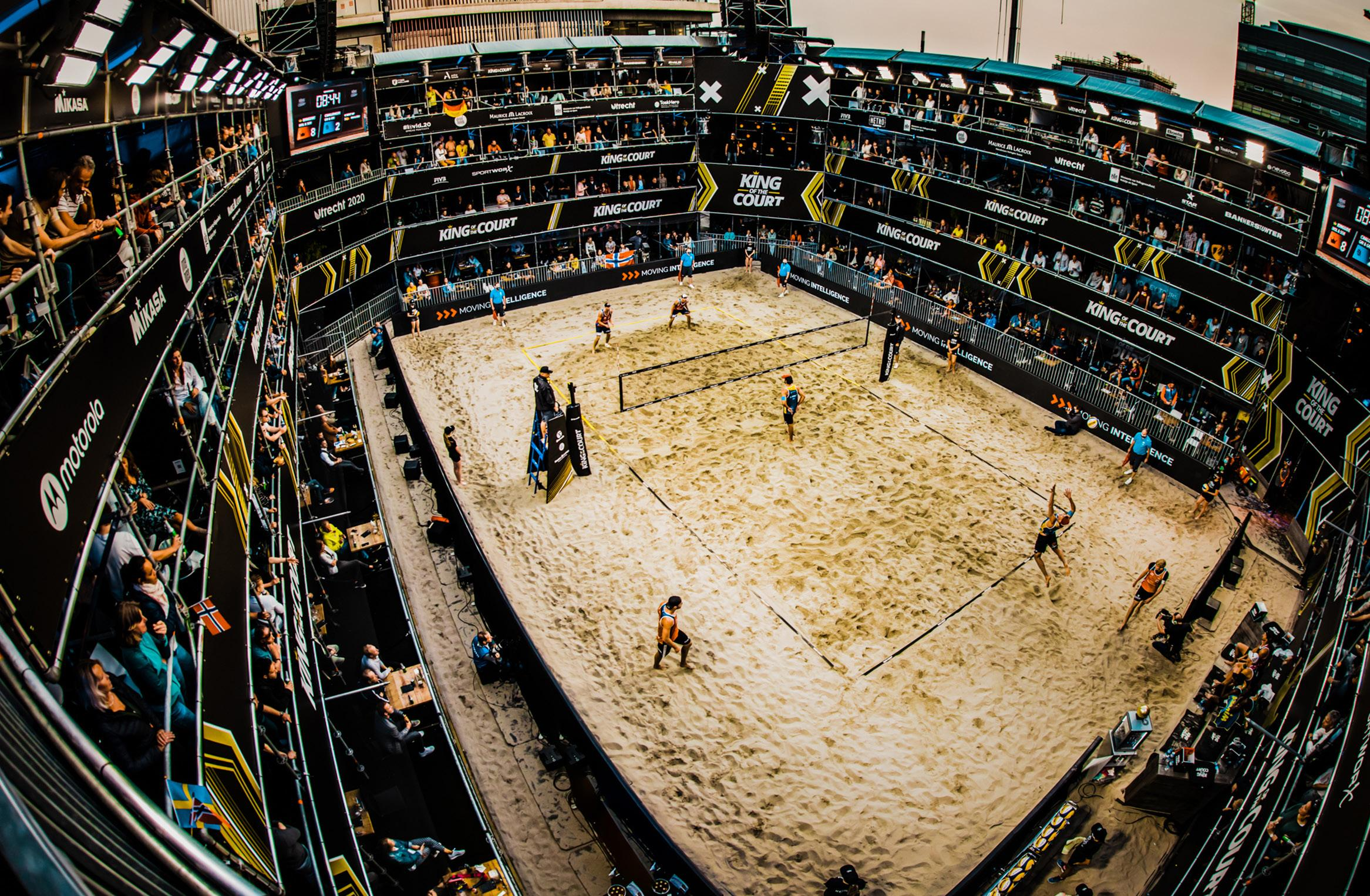 Page 10 of ACE WORK IN COURT When beach volleyball came to Utrecht