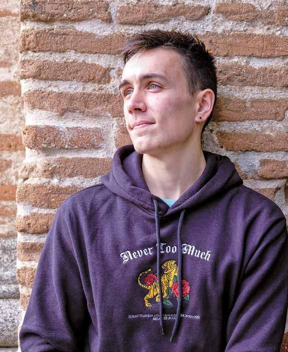 Page 30 of Entrevista a Carlos Sampedro, músico y cantante