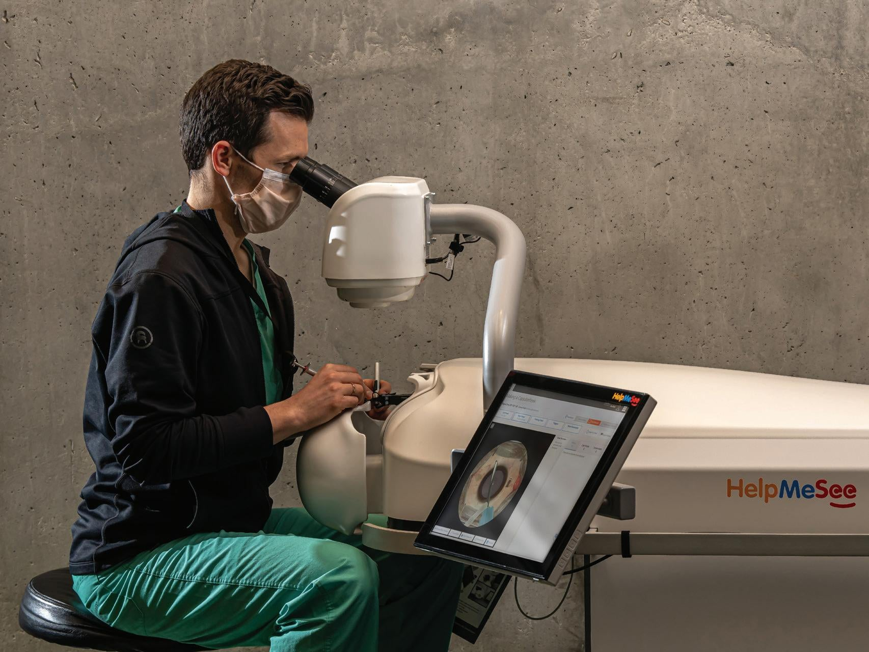 Page 4 of New Collaboration Accelerates Manual Small-Incision Cataract Surgery Training