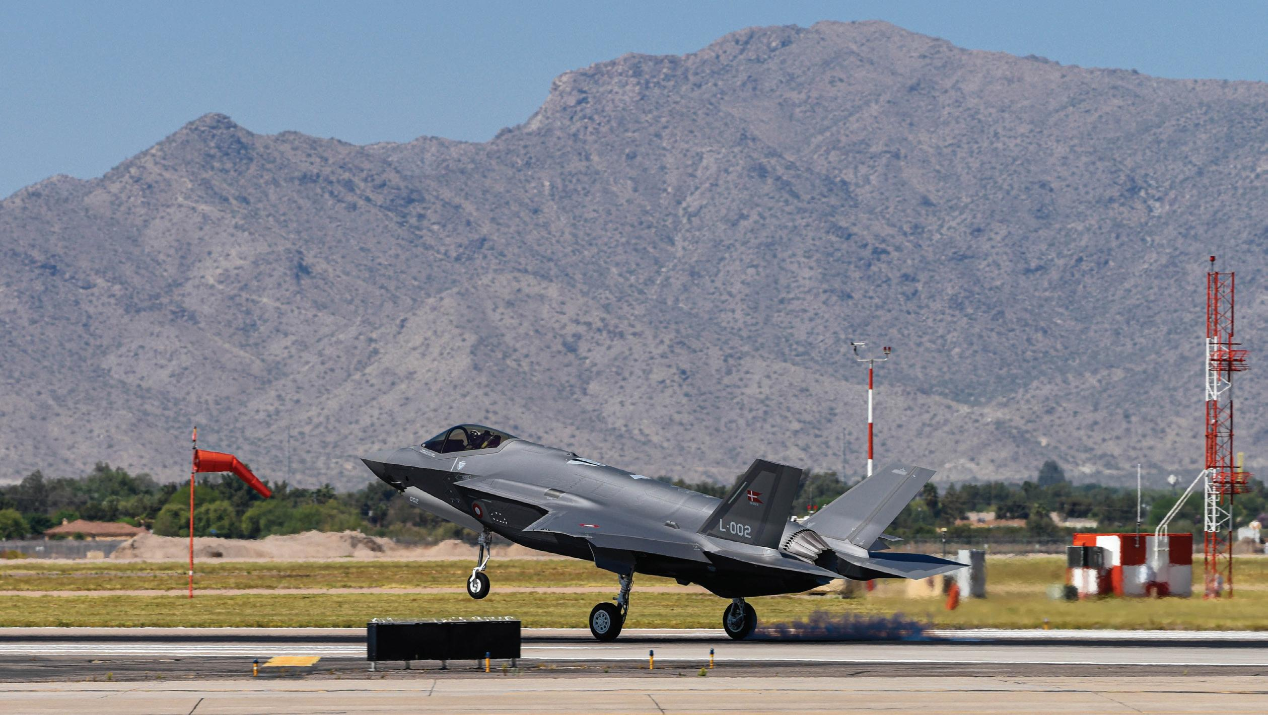 Page 18 of Luke AFB Debut