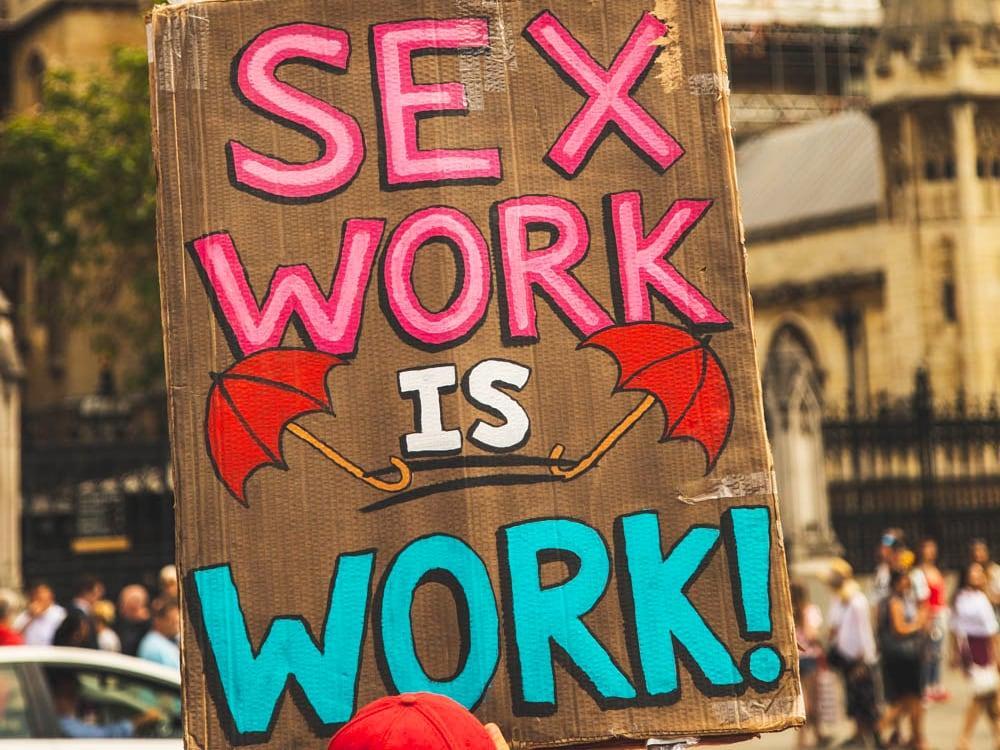 Page 6 of IL SEXWORK PUÒ ESSERE CONSIDERATO UN VERO LAVORO?