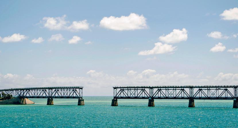 Page 12 of Parques Estatales de Florida: Playas únicas e inolvidables.