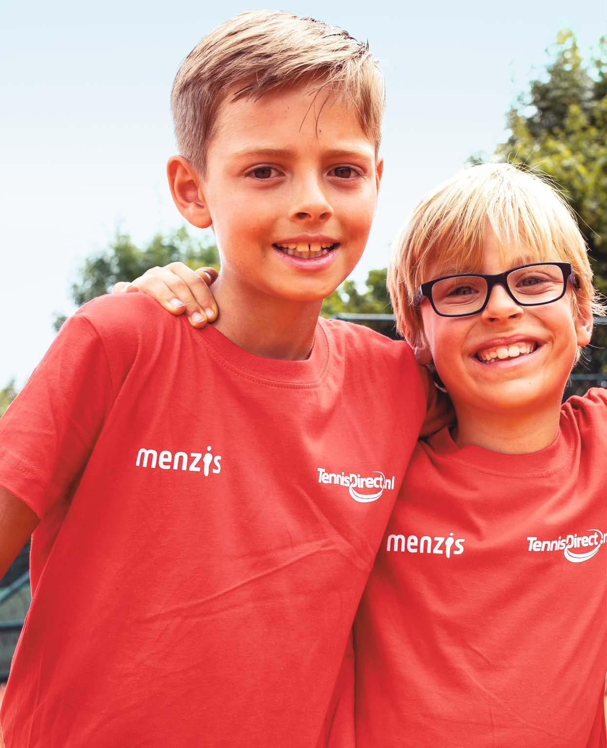 Page 6 of Tennis in beeld: Vriendjesmaand groot succes
