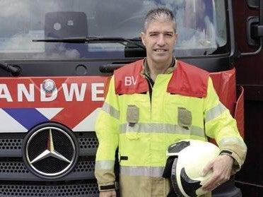 Page 6 of Salvagecoördinator en brandweerman