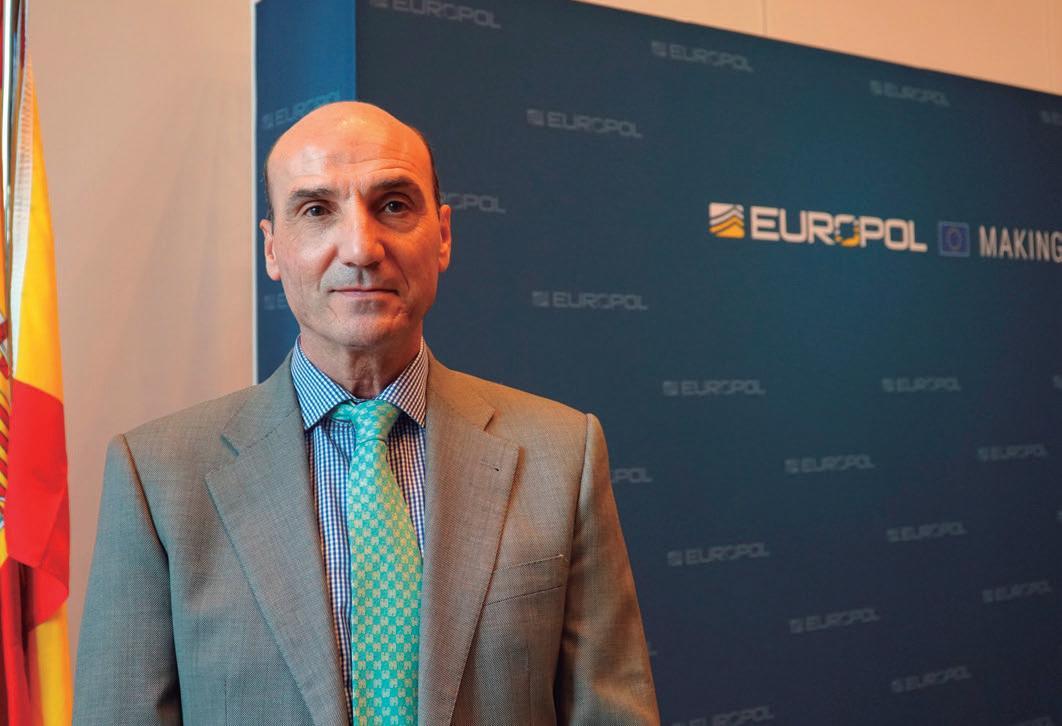 Page 24 of Entrevista a Manuel Navarrete director del Centro de Inteligencia contra el Terrorismo y el Crimen Organizado
