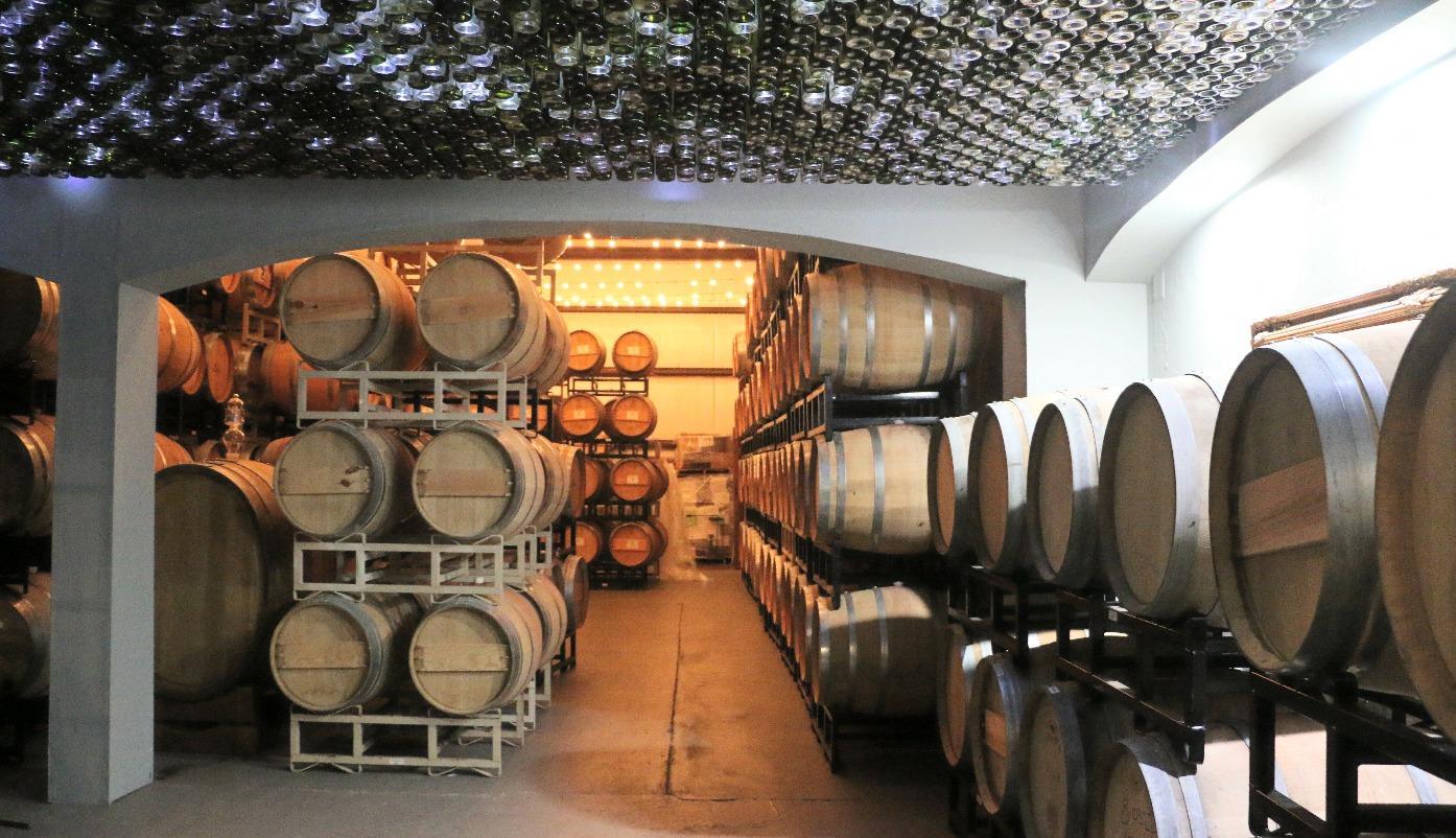 Page 26 of Los Pinos Ranch Vineyards & Winery