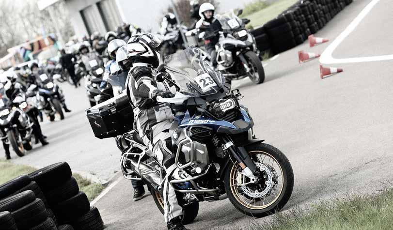 Page 40 of Przejmij kontrolę tekst Ada Górna, foto BMW Motorrad Best Auto Lublin