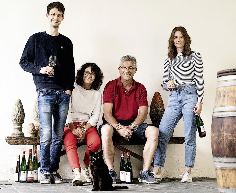 Page 38 of Deutsche Winzer der Wein Trophys 2021
