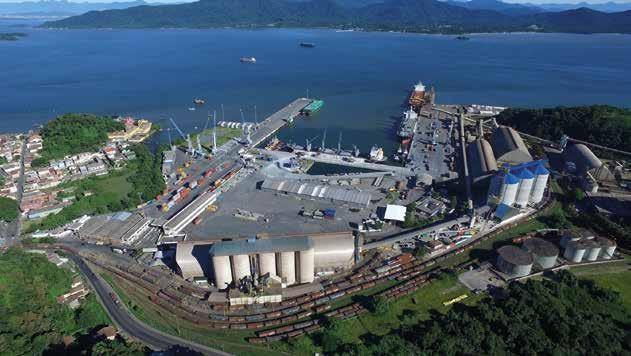 Page 34 of Movimentação de cargas no Porto de São Francisco do Sul cresce 19% em 2021