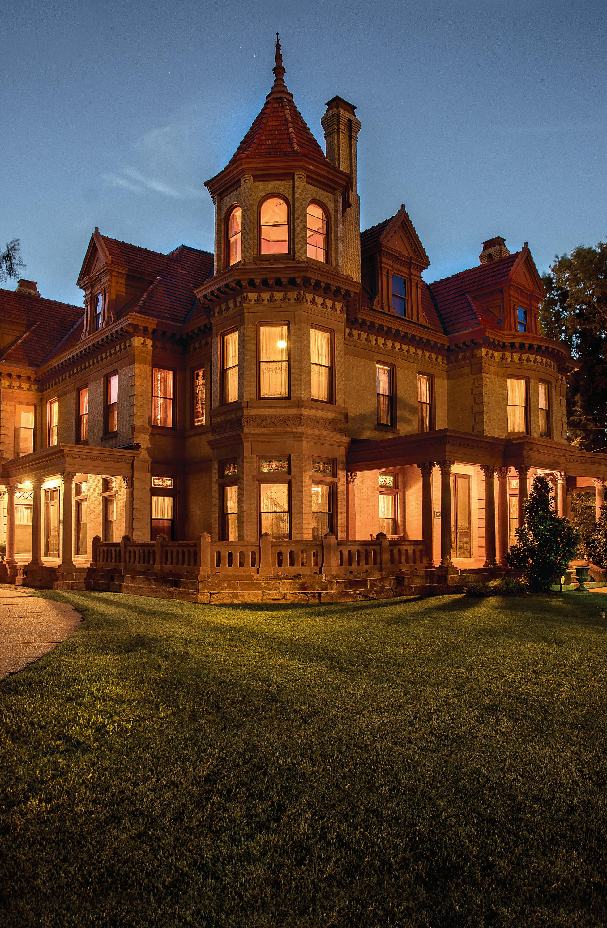 Page 44 of 405 NW 15th Street - The Overholser Mansion